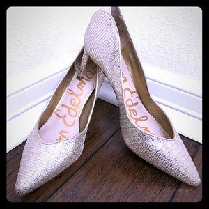 🖤Sam Edelman Gold Heels!